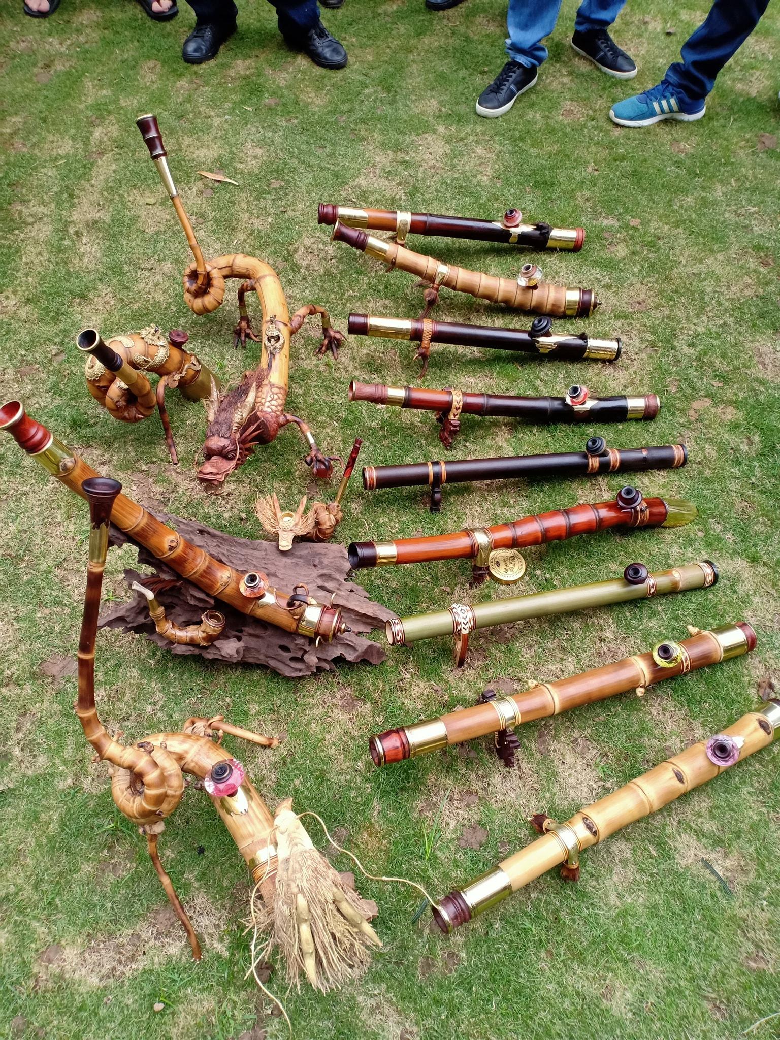 Hình ảnh về những chiếc điếu cày siêu độc có giá bạc triệu ở xứ Thanh: